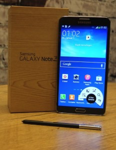 Samsung-Galaxy-Note-3_unboxing_02