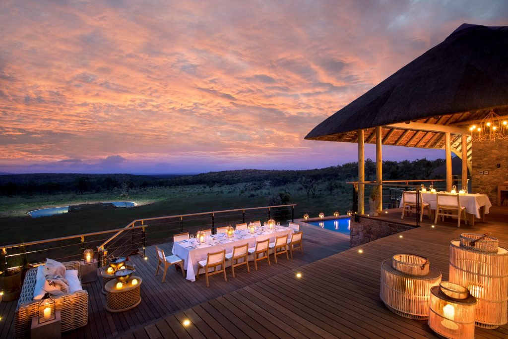 52 - Mhondoro Game Lodge Main lodge dining and pool deck (Large)