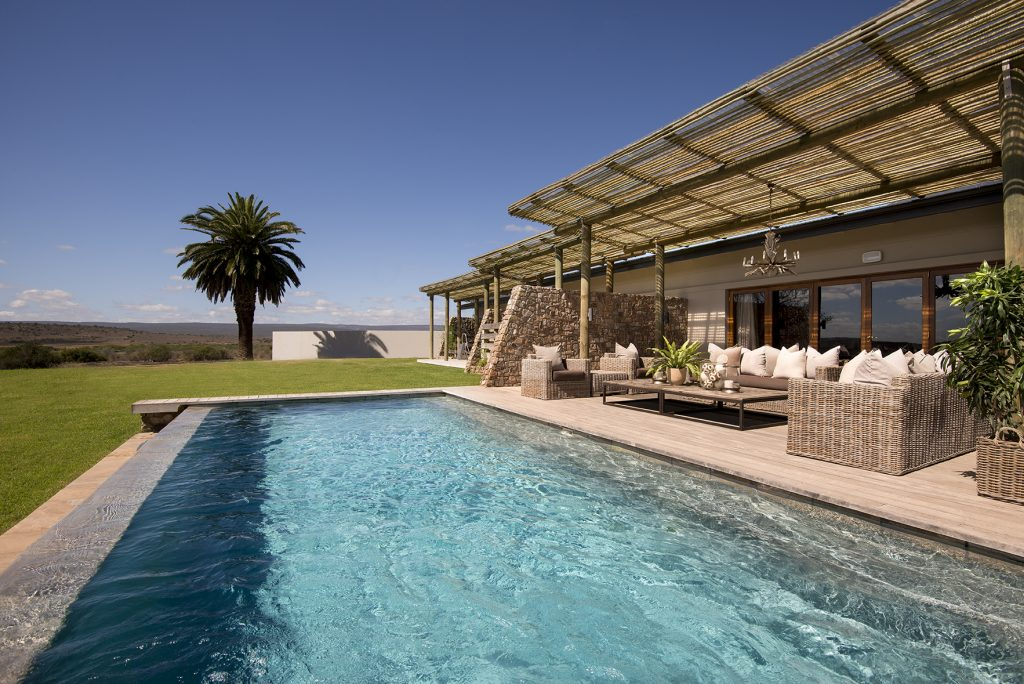 Kwandwe Fort House pool right (Dook Nov16)