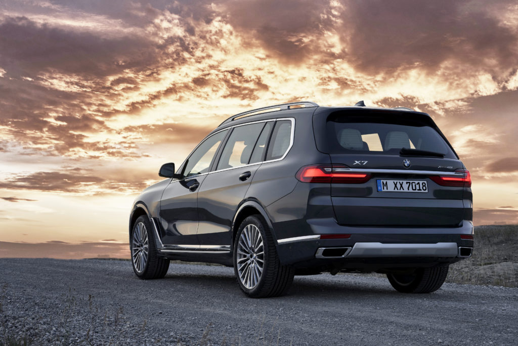 PRESTIGE_BMW X7_Automotive MOTORING – Supercars Luxury Vehicles Cars Garage Goals Wheels Exclusive Releases Vintage Cars Classic Hyper Limited Editions Exotic Car Hire Review Collectible Best Valuable On the road Drive Advanced Magazine