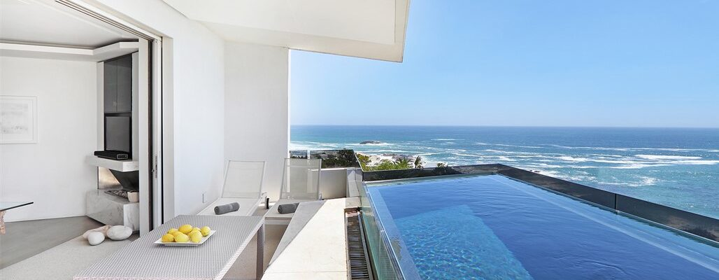 Ebb Tide Apartments In Camps Bay