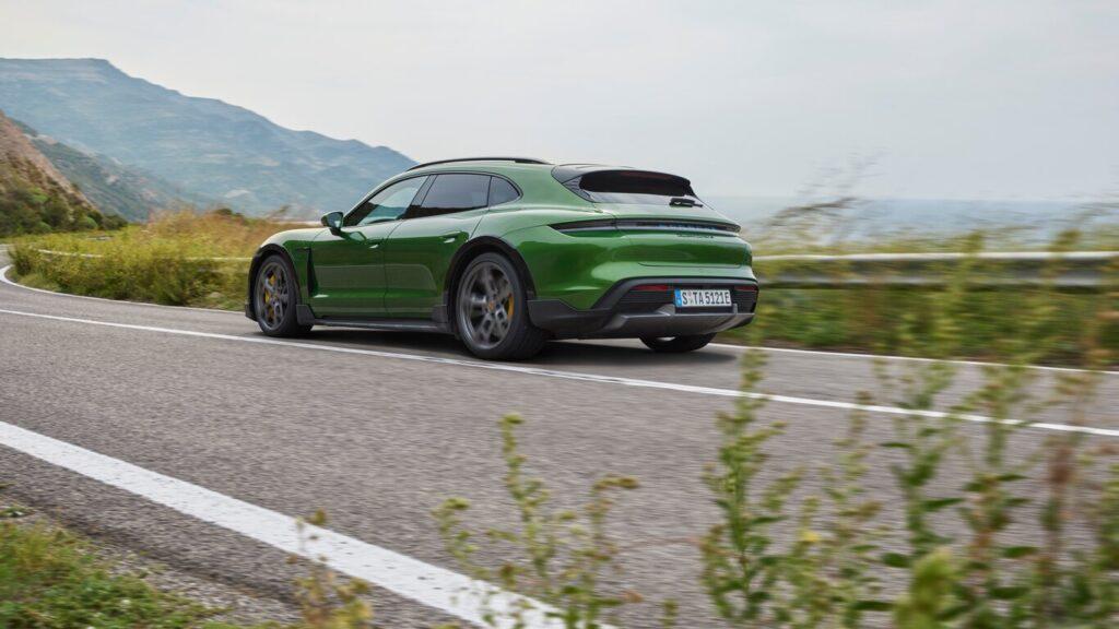 Porsche Taycan Exterior