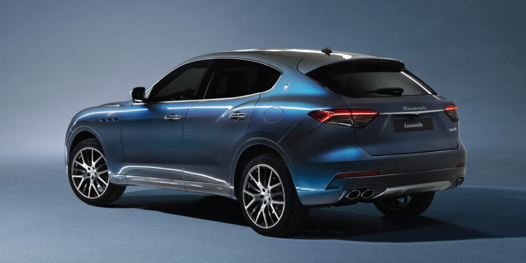 Maserati Levante Hybrid side rear