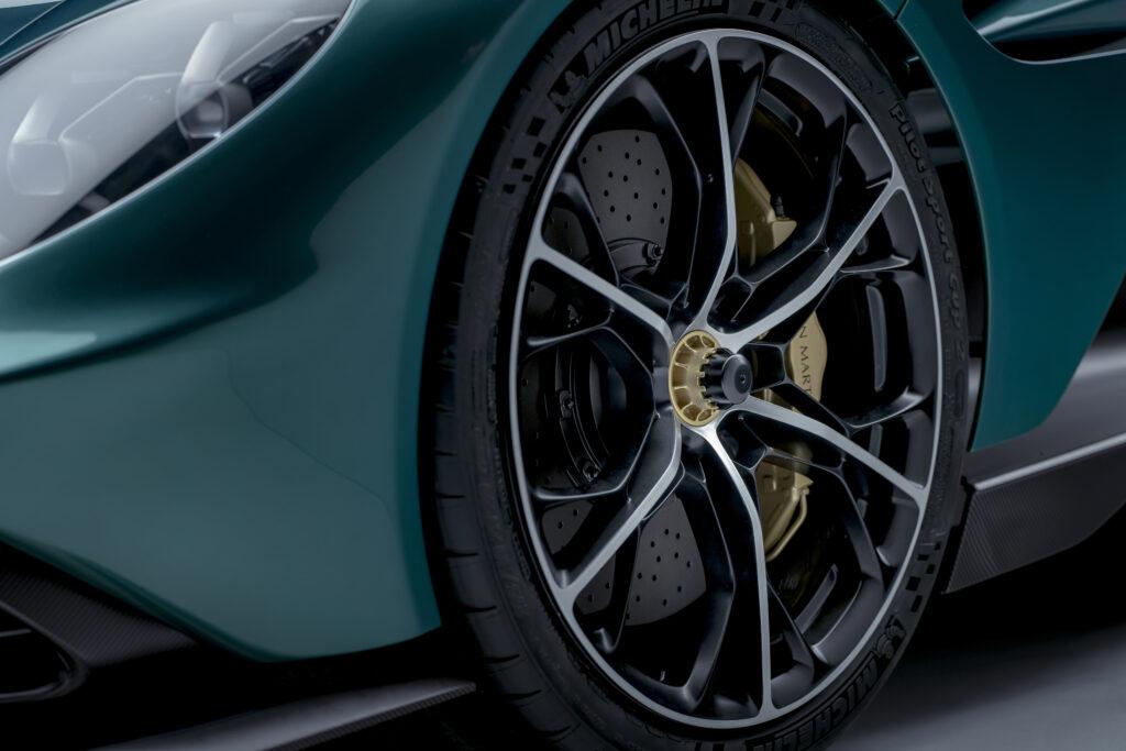 Aston Martin Valhalla wheels
